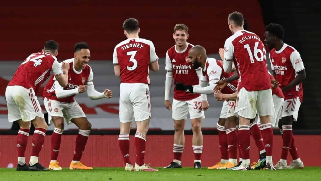 Arsenal celebrando